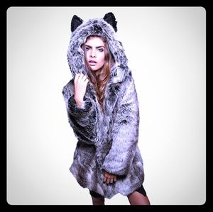 Jackets & Blazers - Women Faux wolf Fur Coat